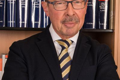 Reinhardt Kollegen Geht Mit Munz Rechtsanwälte Zusammen